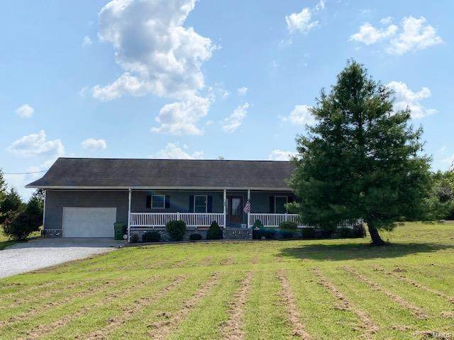 58 Lavern, CARBONDALE, IL 62901 (#20066084) :: Clarity Street Realty
