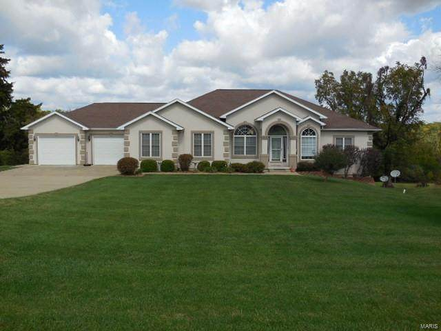 16 Huntingdon Road, Hannibal, MO 63401 (#20071011) :: Clarity Street Realty