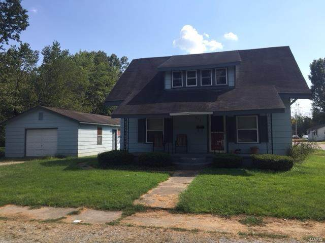 638 Victor, Poplar Bluff, MO 63901 (#20073929) :: The Becky O'Neill Power Home Selling Team