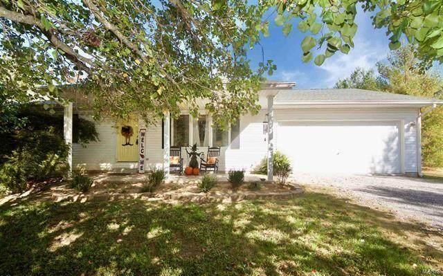 3 Autumn Lane, De Soto, IL 62924 (#20075556) :: PalmerHouse Properties LLC