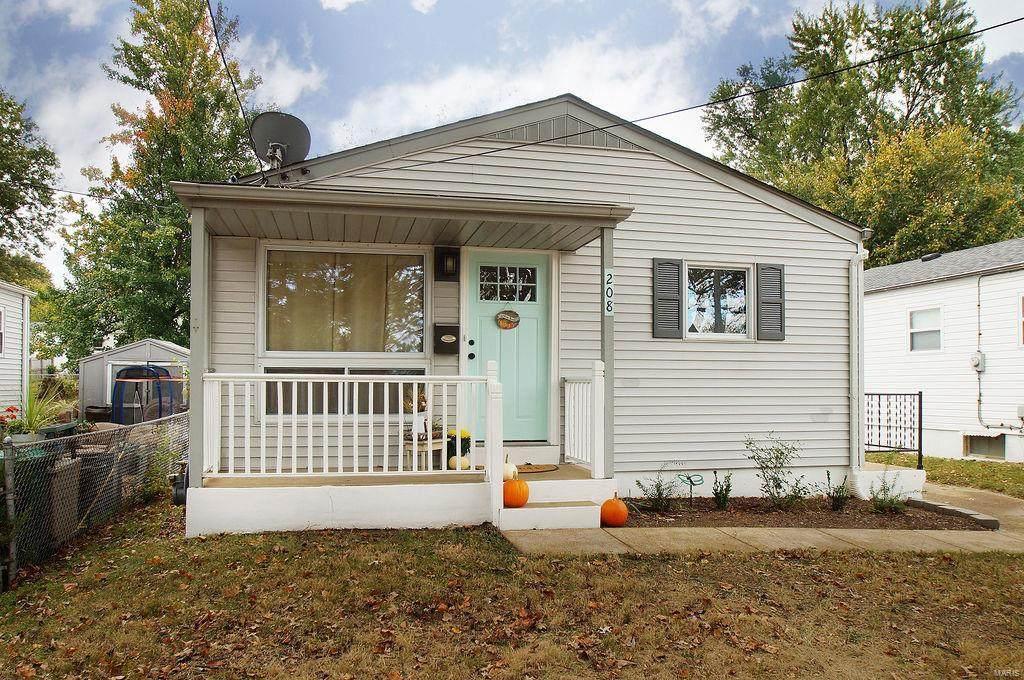 208 Rayburn Avenue - Photo 1