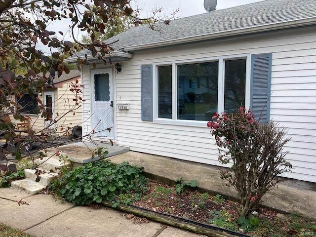 11038 Gertrude Avenue - Photo 1