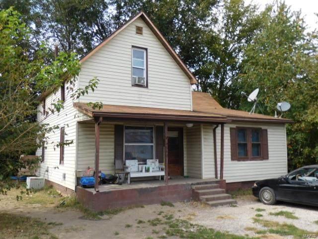 840 S Hickory Street, Centralia, IL 62801 (#20078589) :: Clarity Street Realty