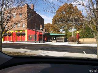 923 Main Street - Photo 1