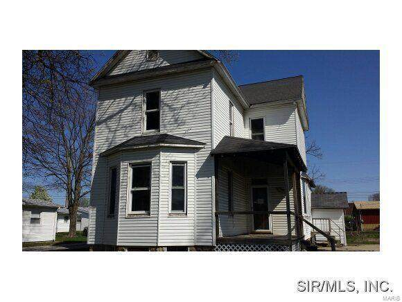 111 W 1st South, MOUNT OLIVE, IL 62069 (#20082357) :: The Becky O'Neill Power Home Selling Team