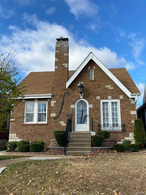 3911 Childress Avenue, St Louis, MO 63109 (#20085403) :: RE/MAX Vision