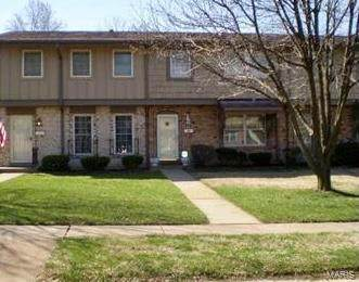 3218 Carefree Lane, Florissant, MO 63033 (#20086045) :: Tarrant & Harman Real Estate and Auction Co.