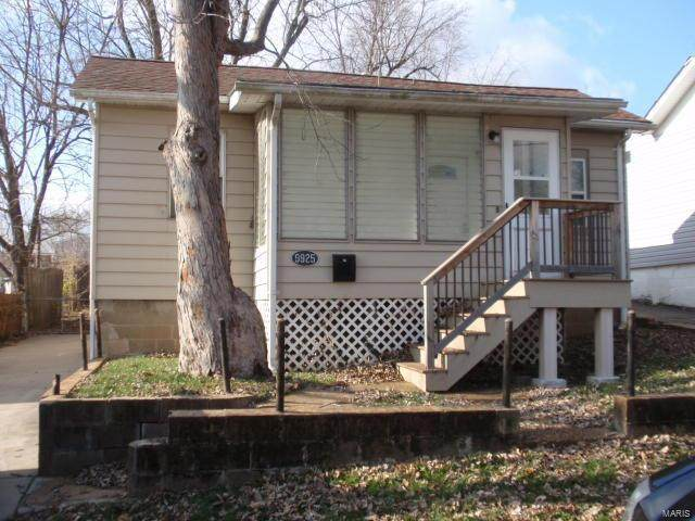 9925 Meadow Avenue, St Louis, MO 63125 (#20089435) :: Parson Realty Group