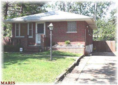 9123 Bessemer Avenue - Photo 1