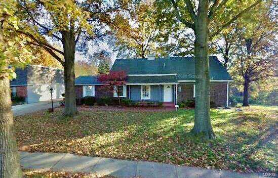 12727 Merribrook Drive, Florissant, MO 63033 (#21003227) :: Clarity Street Realty