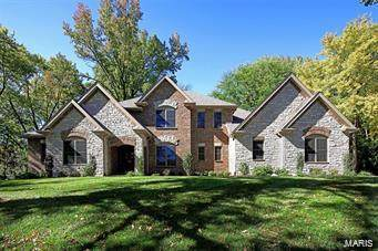 16 Ridge Crest Drive, Chesterfield, MO 63017 (#21003371) :: PalmerHouse Properties LLC