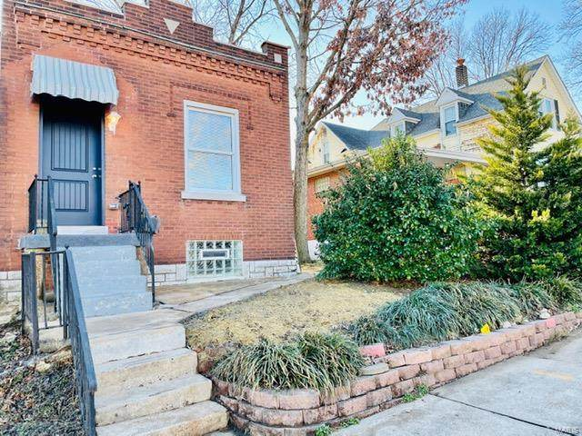 3710 French Ave, St Louis, MO 63116 (#21004309) :: Jeremy Schneider Real Estate