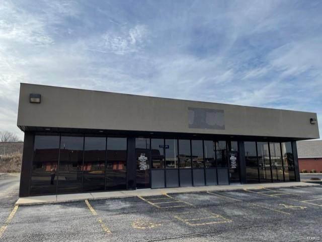 106 East 17Th Street, Mountain Grove, MO 65711 (#21004573) :: Matt Smith Real Estate Group