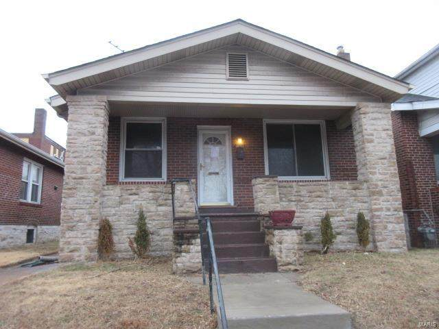 5007 Aubert Avenue, St Louis, MO 63115 (#21008009) :: The Becky O'Neill Power Home Selling Team