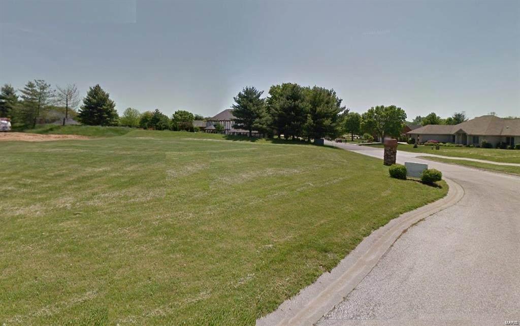 617 Oak Hill Drive - Photo 1