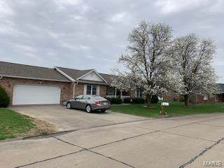 1214 Stone Street, RED BUD, IL 62278 (#21008714) :: Clarity Street Realty