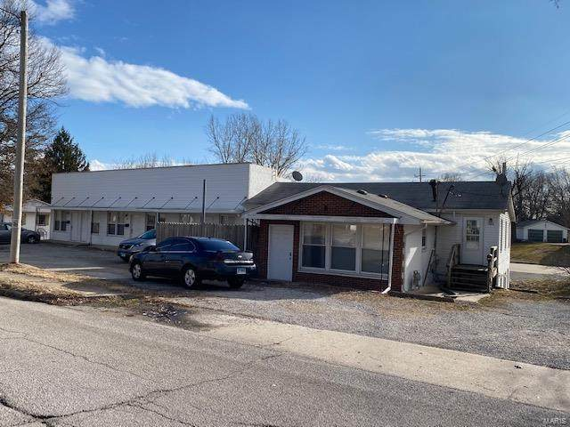 702 Milton Road, Alton, IL 62002 (#21009281) :: Tarrant & Harman Real Estate and Auction Co.