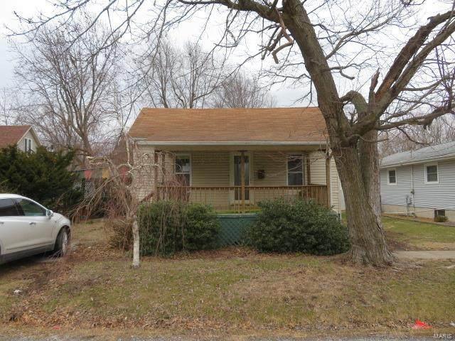 1110 N Walnut, LITCHFIELD, IL 62056 (#21012030) :: RE/MAX Vision