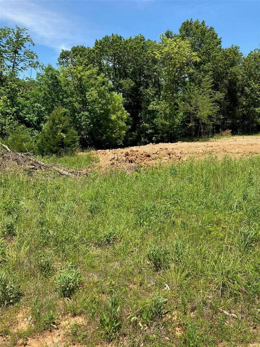 525 Hickory Knoll - Photo 1