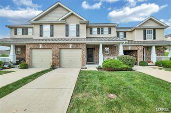 811 Country Field, Lake St Louis, MO 63367 (#21012416) :: RE/MAX Professional Realty