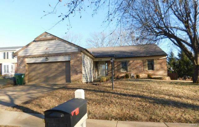 5350 Hamlin Court, St Louis, MO 63128 (#21013453) :: Hartmann Realtors Inc.