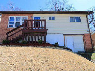 220 Ruggles Road, St Louis, MO 63135 (#21014896) :: Clarity Street Realty