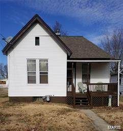 414 W 2nd South Street, CARLINVILLE, IL 62626 (#21021134) :: Tarrant & Harman Real Estate and Auction Co.