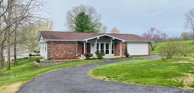 413 Augustine, Eureka, MO 63025 (#21022420) :: The Becky O'Neill Power Home Selling Team