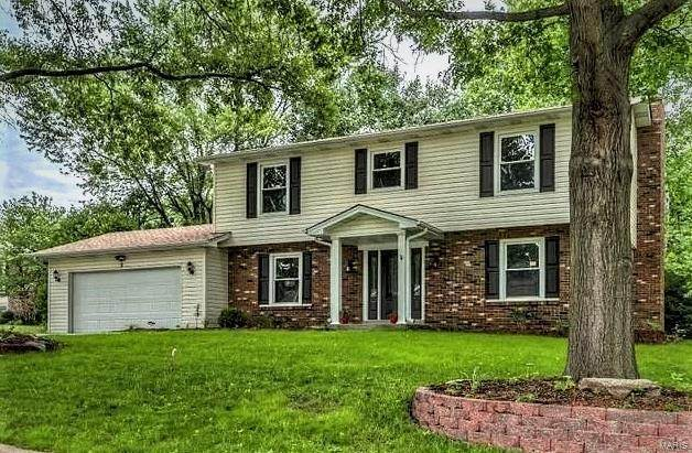 3 Paris, Lake St Louis, MO 63367 (#21022485) :: St. Louis Finest Homes Realty Group