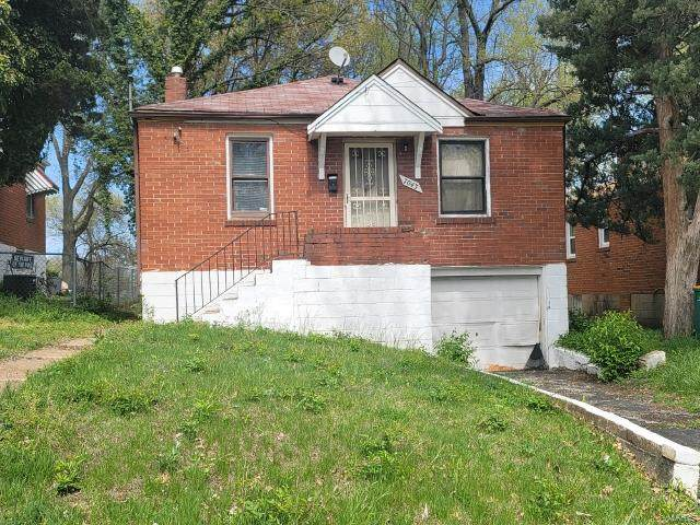 7043 Theodore Avenue, St Louis, MO 63136 (#21023829) :: Parson Realty Group