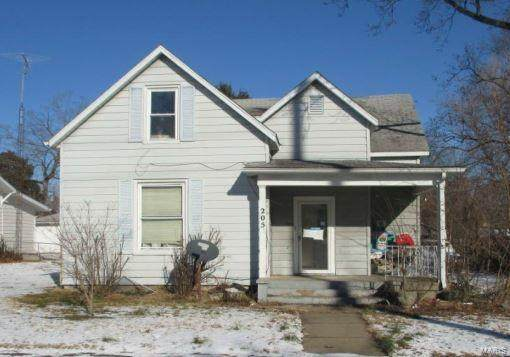 205 E College, SPARTA, IL 62286 (#21024068) :: Tarrant & Harman Real Estate and Auction Co.