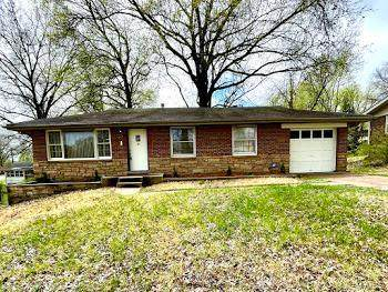 1284 Chambers Road, St Louis, MO 63137 (#21024356) :: Clarity Street Realty