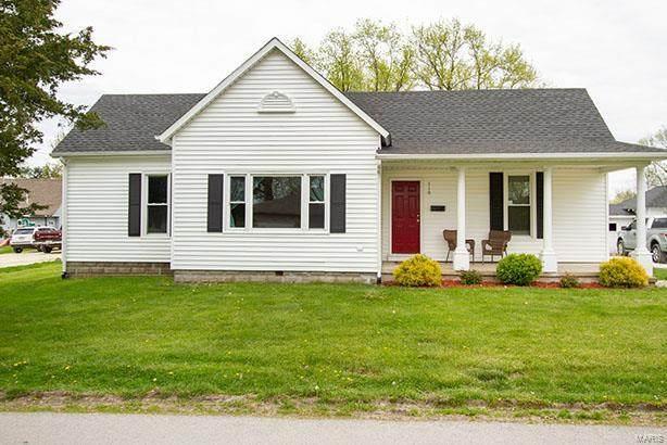 110 N Sanderson Avenue, Elsberry, MO 63343 (#21024668) :: Jeremy Schneider Real Estate