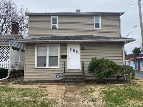 408 W Clay, Collinsville, IL 62234 (#21027757) :: Parson Realty Group
