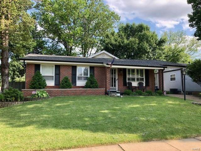 12106 Wesmeade Drive, Maryland Heights, MO 63043 (#21031543) :: St. Louis Finest Homes Realty Group