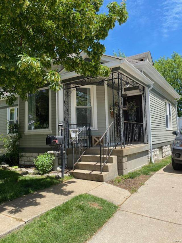 1100 N 5th Street, Saint Charles, MO 66330 (#21032587) :: St. Louis Finest Homes Realty Group