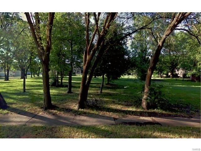 2139 Lincoln Avenue, Granite City, IL 62040 (#21034373) :: Hartmann Realtors Inc.