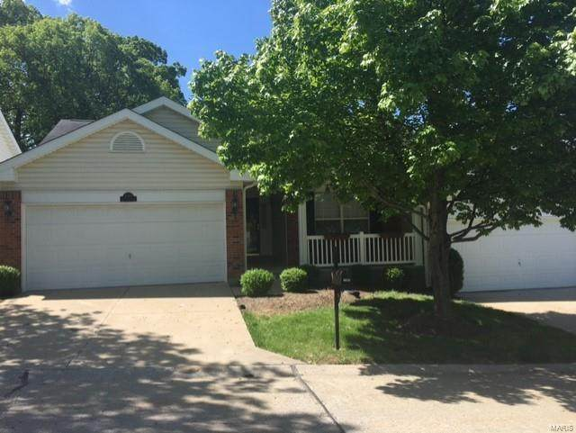 10255 Greenwich Place, Unincorporated, MO 63123 (#21034466) :: Realty Executives, Fort Leonard Wood LLC