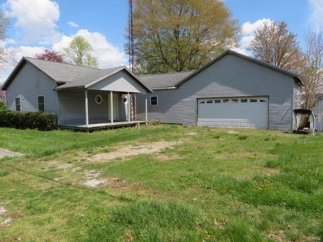 802 S 5th Street, GIRARD, IL 62640 (#21037612) :: Fusion Realty, LLC