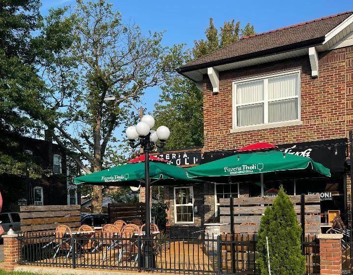 5861 S Kingshighway Blvd - Photo 1