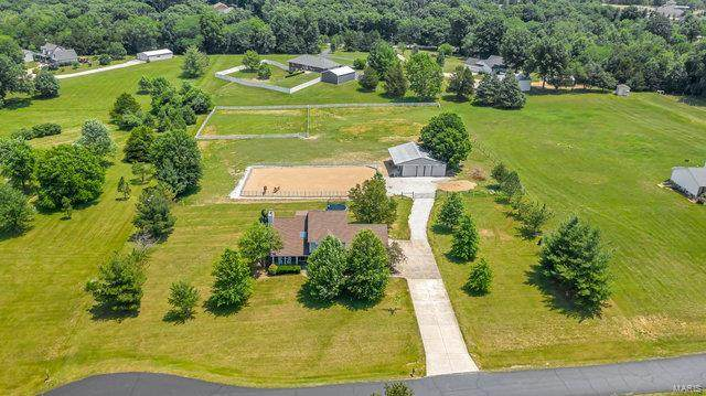 1924 Country Estates Court, Foristell, MO 63348 (#21039864) :: St. Louis Finest Homes Realty Group