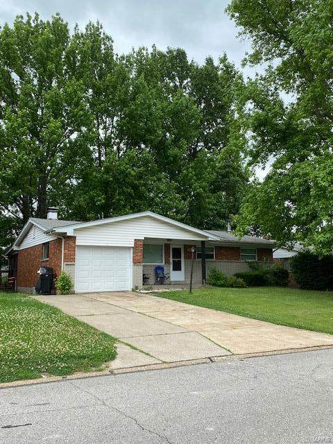 1505 Cove Lane, St Louis, MO 63138 (#21041313) :: Clarity Street Realty