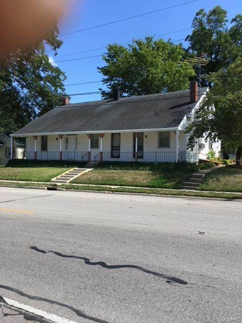 718 East Market St. #720, RED BUD, IL 62278 (#21042364) :: The Becky O'Neill Power Home Selling Team