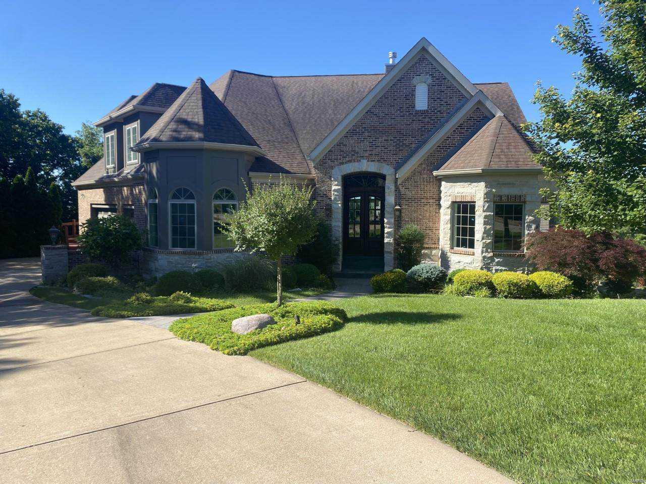 608 Mulberry Grove Court - Photo 1