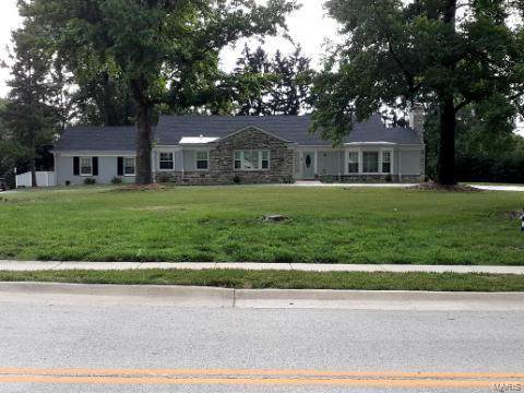 9549 Old Bonhomme, St Louis, MO 63132 (#21044015) :: Parson Realty Group