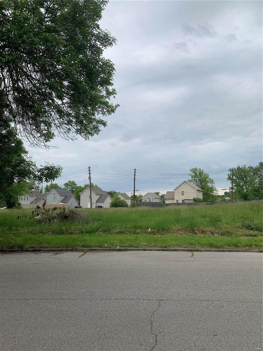 5545 Clemens Avenue - Photo 1