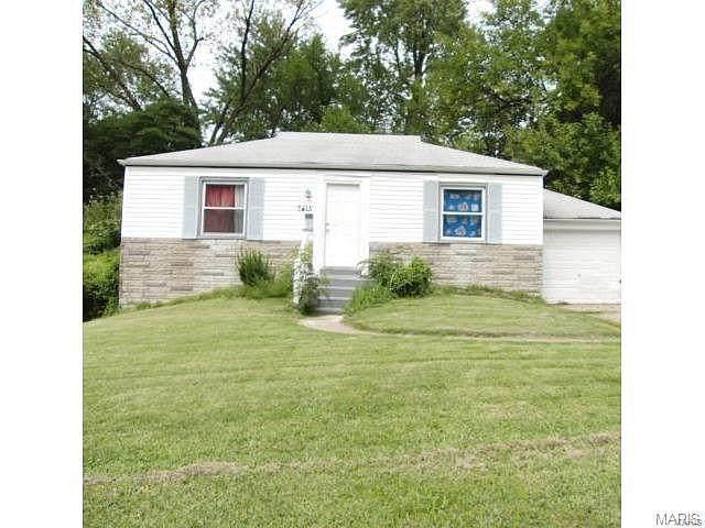 7415 Esterbrook Drive, St Louis, MO 63136 (#21044416) :: Hartmann Realtors Inc.