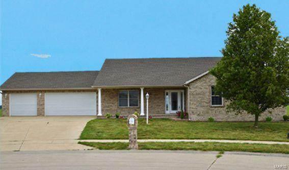 803 W Morgan, BUNKER HILL, IL 62014 (#21044433) :: Jenna Davis Homes LLC