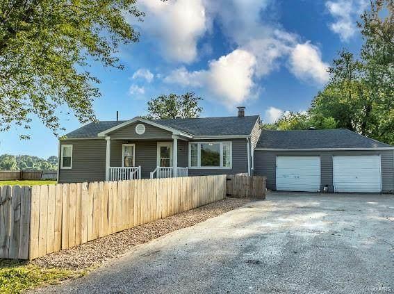 1663 Pleasant Ridge Road, Maryville, IL 62062 (#21048806) :: Blasingame Group   Keller Williams Marquee
