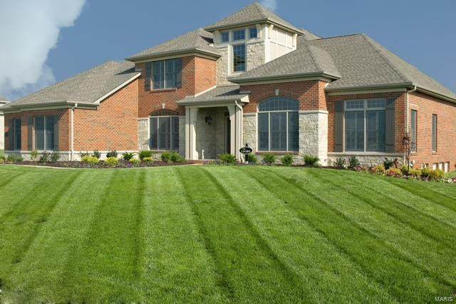 2133 Clairmont Drive, Shiloh, IL 62221 (#21050093) :: The Becky O'Neill Power Home Selling Team